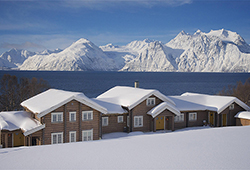 Lyngen Lodge Summit to Sea