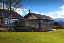 Whare Kea Lodge & Chalet (New Zealand)